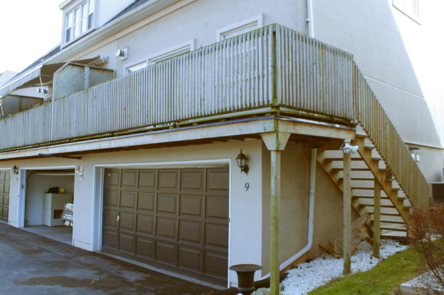 Tall deck ideas deck construction for Garage deck